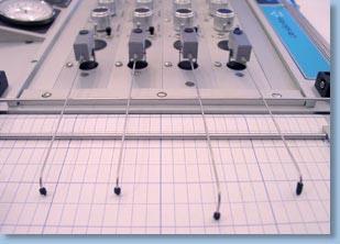 20070103215553-poligrafo-02.jpg