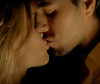 20101225042414-enrique-iglesias-tonight-im-loving-you-provocative-video-premiere.jpg