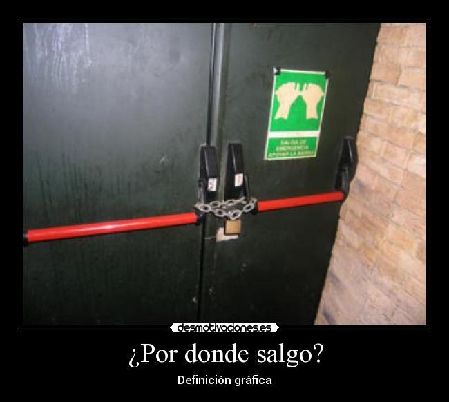 20150411175419-puerta-de-emergencia-cerrra-846026573.jpg